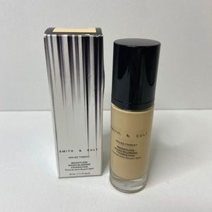 Smith & Cult Weightless Micro-Blurring Foundation